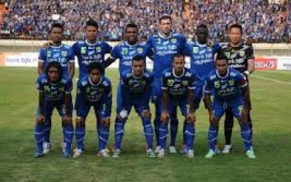 Persib Bandung Tekuk Felda United 3-1