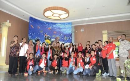 Belasan Siswa dari Sulut Kunjungi Bintan