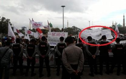 BP-Batam Didemo , Warga Minta KPK Usut Alih Fungsi Hutan Lindung!