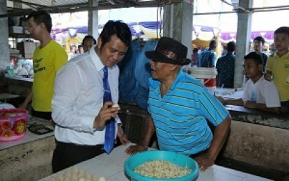Bantu Masyarakat , Pemkab Bintan Gelar Pasar Murah