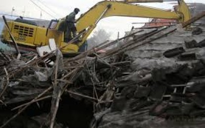 Penggusuran Kampung Agas Ricuh , Warga Lakukan Perlawanan