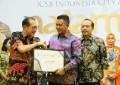 Bupati Bintan Terima Penghargaan Natamukti di Jakarta