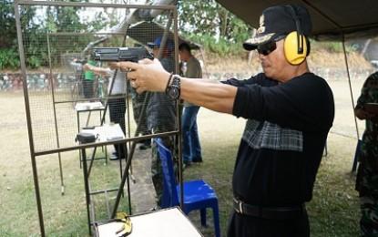 Drs. Raja Ariza Ikut Latihan Menembak Bersama Lanudal
