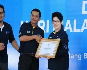 Pemko Tanjungpinang Terima Penghargaan  Imunisasi Terbaik se Indonesia