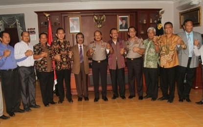 Ketua DPRD Kepri Jumaga Nadeak Mendukung Langkah Polri dan TNI untuk Menjaga Keamanan