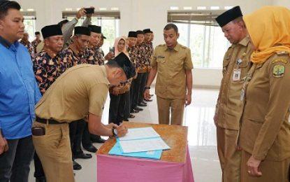 Forum RT/RW dan Karang Taruna Kelurahan Melayu Kota Piring dikukuhkan