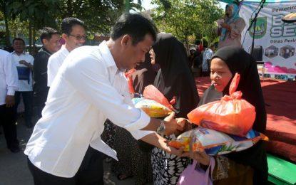 Jelang Ramadhan Pemko Distribusikan Paket Sembako Murah