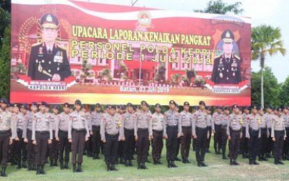 Tuntas Laksanakan Tugas Pengamanan Sidang MK ,300 Personel Polda Kepri Terima Penghargaan