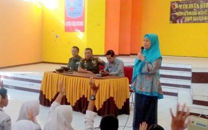Ratusan Pelajar SMAN 16 Surabaya Dibekali Wasbang oleh Dandim Surabaya Timur