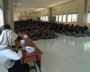 Danramil 0801 / 11 Kodim Pacitan Suarakan Wasbag di SMKN 2 Donorojo