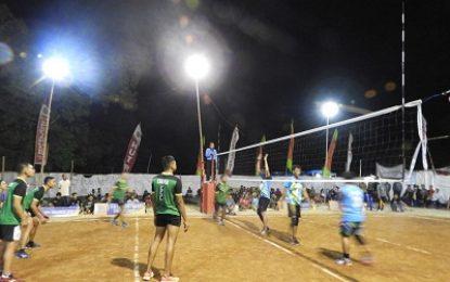 Turnamen Voli, Yonarmed 12/Divif-2/Kostrad Jalin Kekompakan dengan Masyarakat