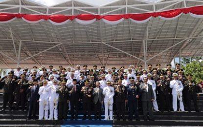 Kapolda Kepri Hadiri Hari Ulang Tahun TNI ke-74 di Engku Putri
