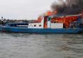 KM Karomah 2 Terbakar  di Tengah Laut