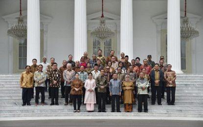 Presiden Gelar Silaturahmi dengan Wapres Jusuf Kalla serta Jajaran Kabinet Kerja