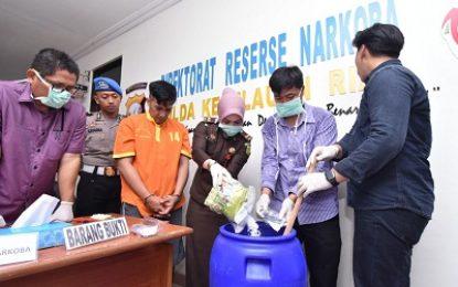 Ditresnarkoba Polda Kepri Musnahkan BB Sabu Seberat 1.220,7 Gram