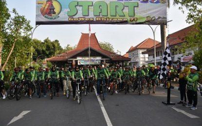Road Bike Korem 082/CPYJ, Dibanjiri Ribuan Peserta
