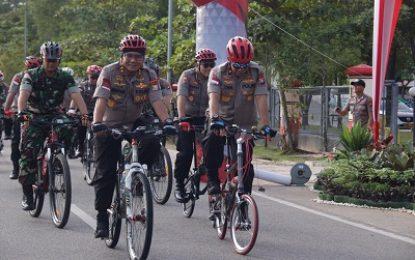 Tingkatkan Soliditas dengan Gowes Bersama TNI-Polri dan Masyarakat