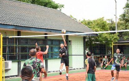 Sarana Silaturahmi , Danrem Gelar Bola Voli