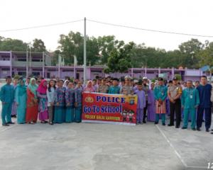 Pesan Wakapolsek Balai Dalam Program Police Go To Schoool di SMP Vidia Sasana Karimun